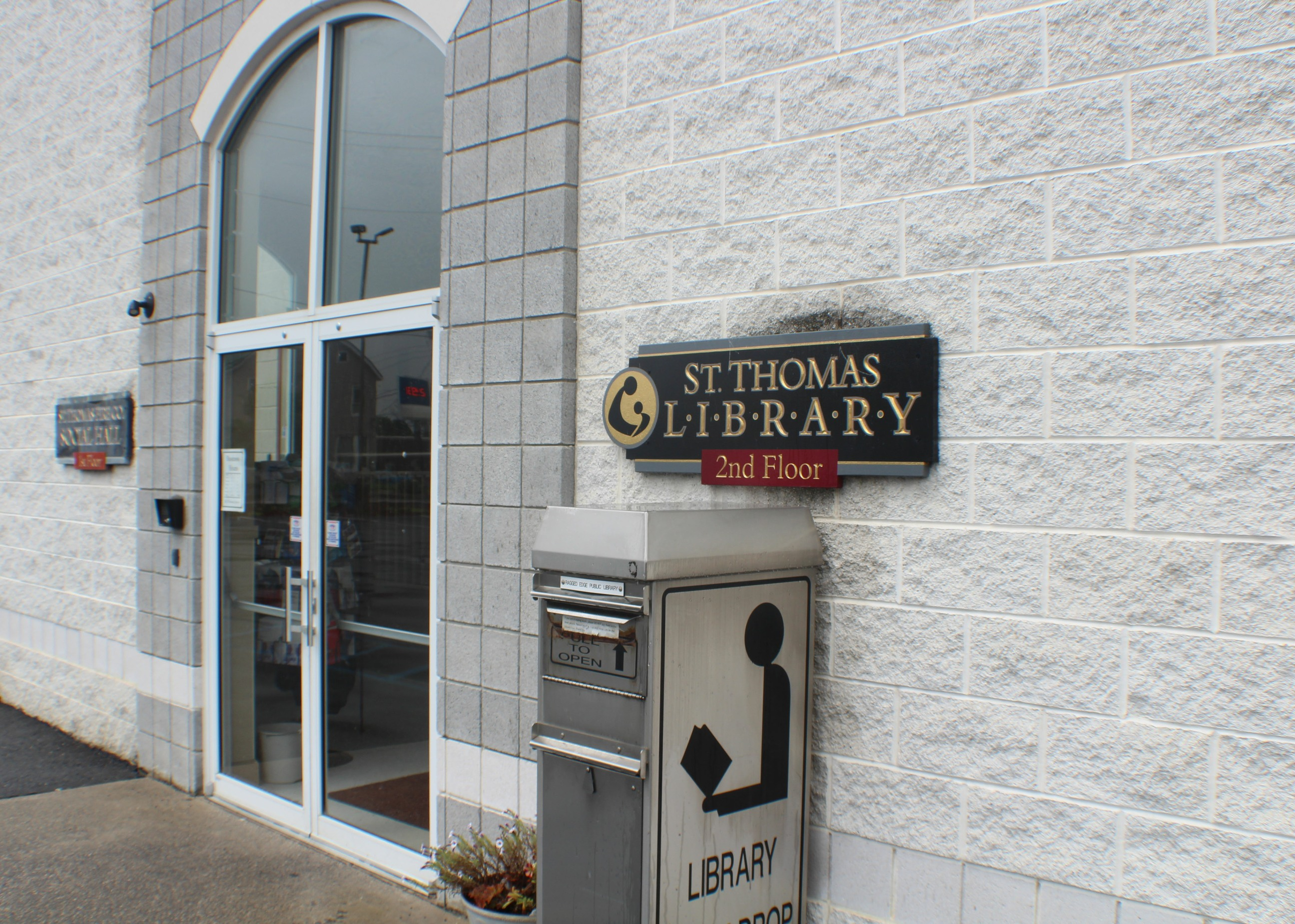 St Thomas Library